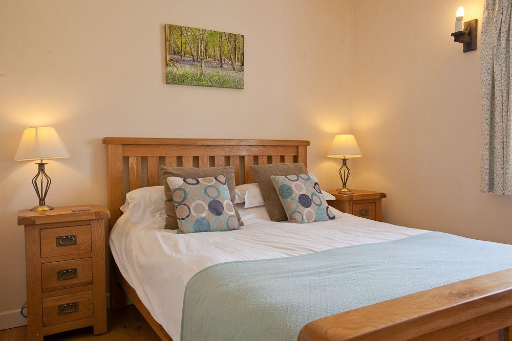 16-Cartshed - Bedroom 1 (1)