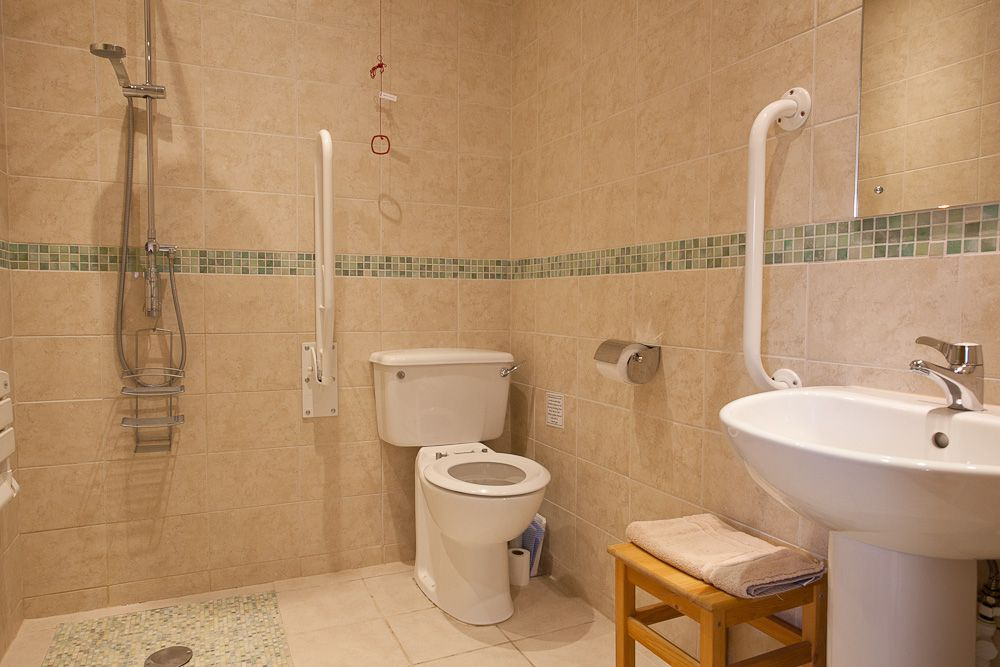 23-Cartshed - Bathroom 2 Wetroom (1)